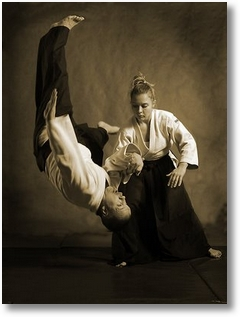 female-aikido