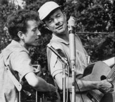 Bob+Dylan++Pete+Seeger+2943980698_ec9703aeec_o